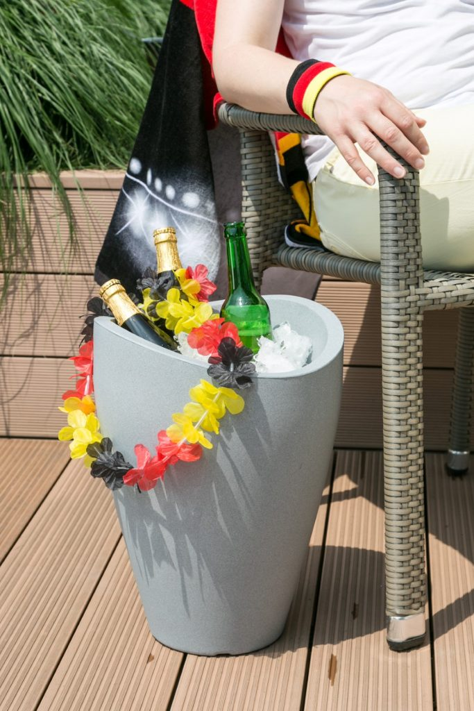 Wave Globe High planter suits your balcony or patio even as a beverage cooler